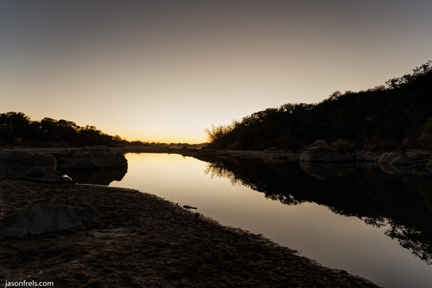 Inks Lake sunset in HDR
